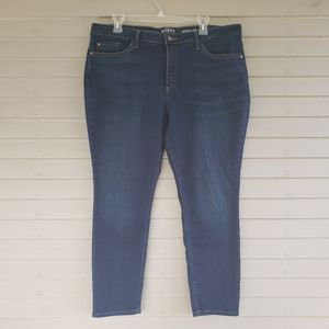 Riders by Lee Mid Rise Skinny Jeans Size 18P